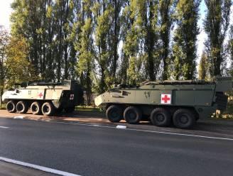 Legervoertuigen botsen in Sint-Joris, met opengescheurde mazouttank tot gevolg