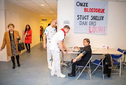 Eerder staakte ook het ziekenhuispersoneel van het Ikazia-ziekenhuis in Rotterdam.