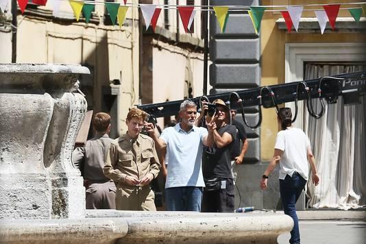 George Clooney op de set van Catch22.