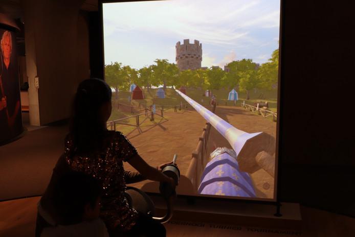 Zelf een kasteel bestormen is een van de interactieve activiteiten op de nieuwe tentoonstelling in het Museon.