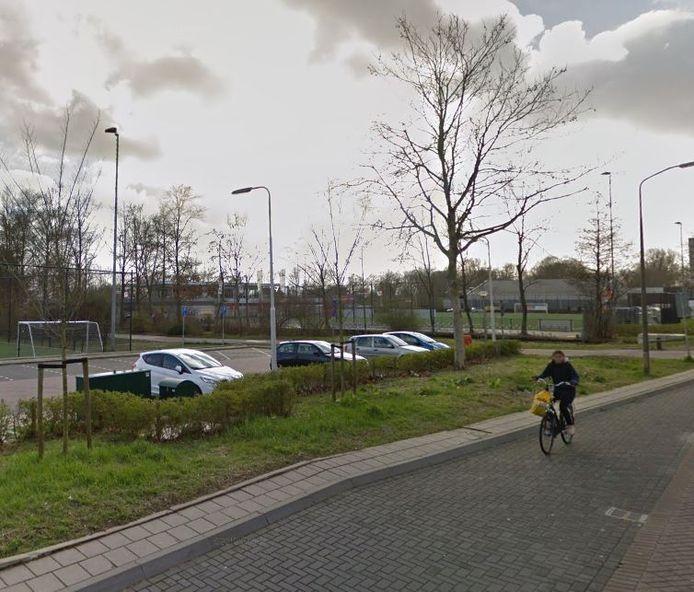 De parkeerplaats bij de Jodan Boys aan het Verkennerspad wordt verboden terrein.