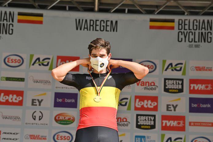 Wout Van Aert in zijn Belgische driekleur.