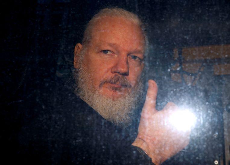 Julian Assange werd gisteren opgepakt. Beeld REUTERS