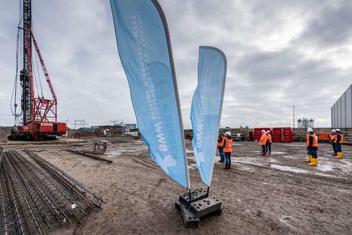 Start van de bouw van de eerste windmolen op De Rietvelden.