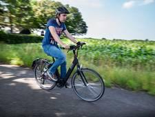'Koop 14.000 e-bikes voor werknemers WUR en leg geen asfalt'