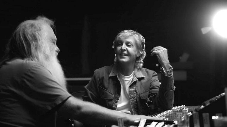 Rick Rubin en Paul McCartney. Beeld HULU