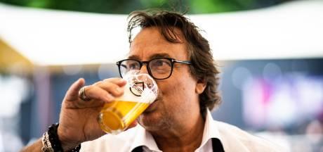 Als Marco Borsato mij had bediend op het terras, had ik geen fooi gegeven