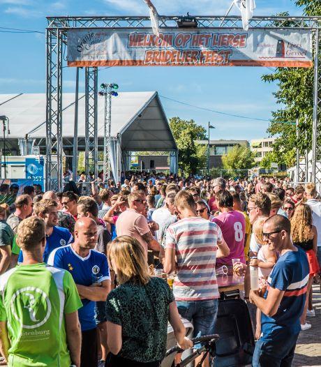 Feestweek in De Lier: Organisatie Bradelier koerst aan op zitplaatsen op afgesloten terrein