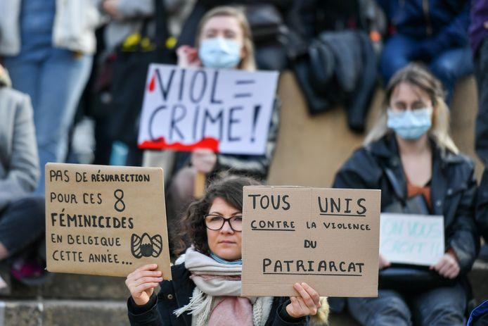 Rassemblement à l'initiative d'Orlane Graindorge, le 3 avril 2021, à Liège, pour dire stop aux violences sexuelles et aux non-dits.