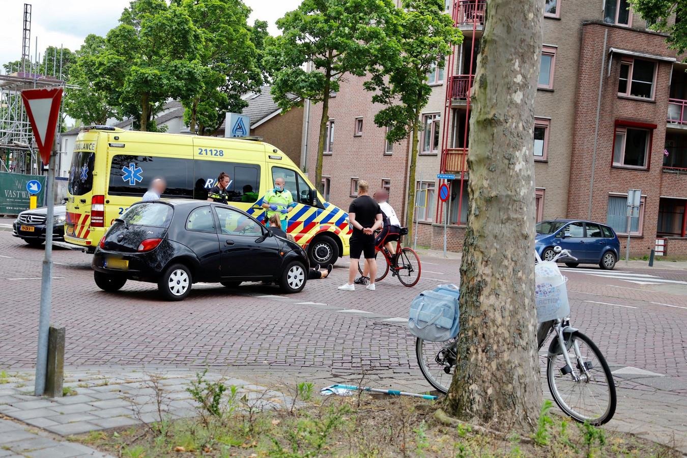 Een fietster raakte gewond.