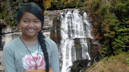 Zestienjarig meisje redt kleine zus van waterval, maar sterft vervolgens zelf