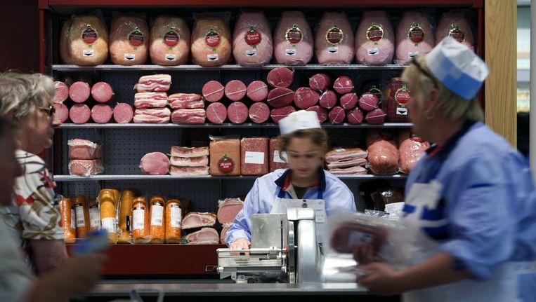Albert Heijn gaat door met de verkoop van de 'plofkip' Beeld ANP XTRA