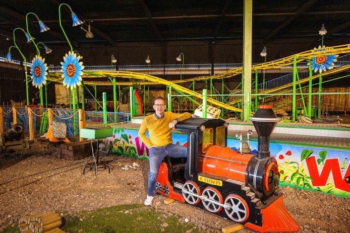 Rick van der Graaf uit Dedemsvaart heeft Speelstad Oranje overgenomen. Het indoor-speelparadijs in buurtschap Oranje, nabij het Drentse Beilen, wordt daardoor nieuw leven ingeblazen. ,,Hier kun je wel wat mee, dacht ik. Dit zus, dat zo. In oktober van vorig jaar heb ik de plannen op papier gezet.''