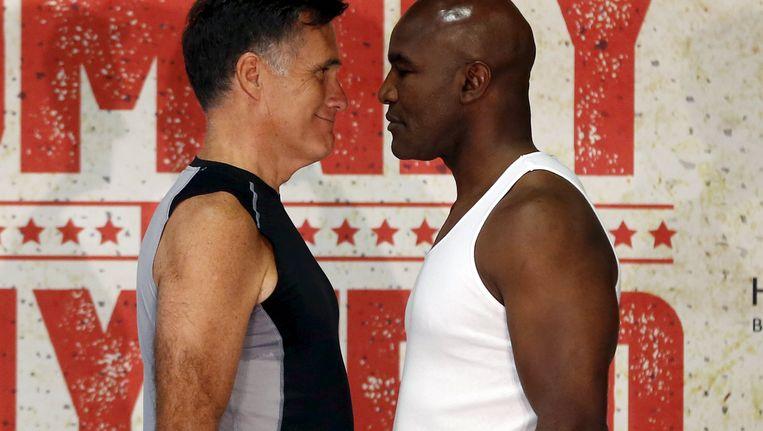 Mitt Romney en Evander Holyfield Beeld REUTERS
