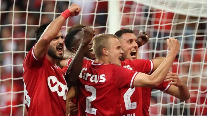 Standard laat Sclessin intens vieren: Rouches kloppen KV Oostende en gaan voorlopig op kop