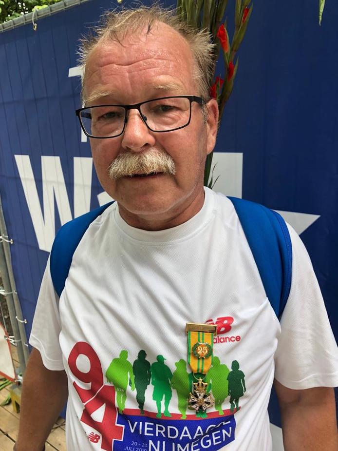 Henk heeft zijn vijfentwintigste medaille van de Vierdaage