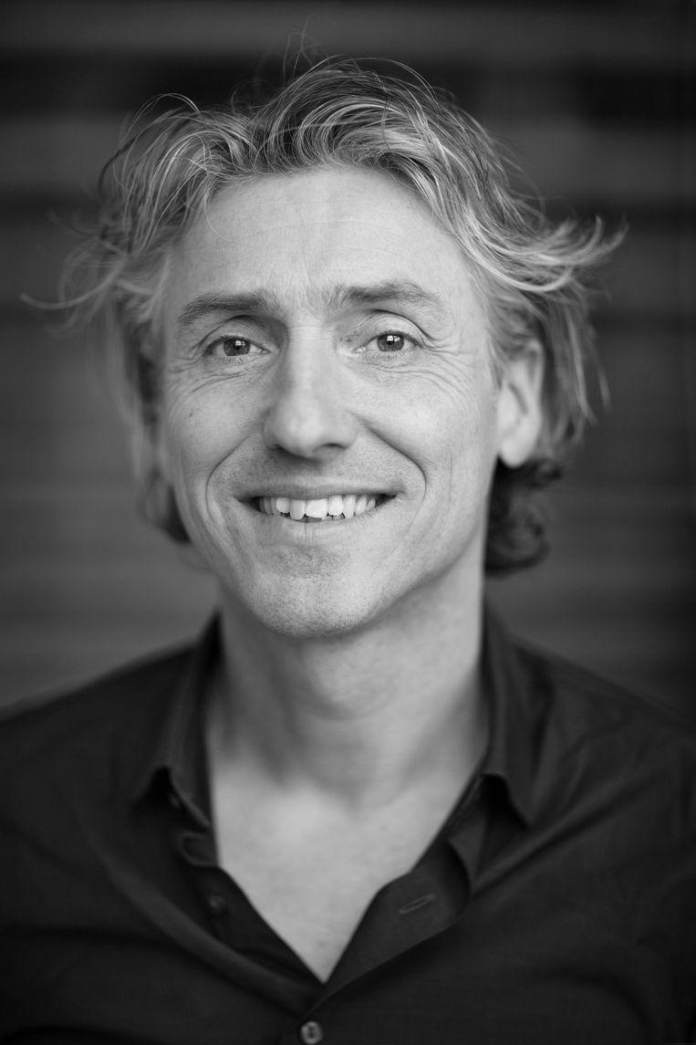 Reint Jan Renes is gedragswetenschapper en lector aan de Hogeschool van Amsterdam en doet onderzoek naar de gedragspsychologie achter klimaatverandering en duurzaamheid. Beeld Ed van Rijswijk