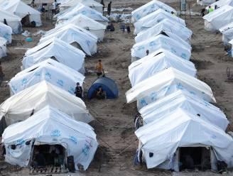 Zwangere vrouw die zichzelf in brand stak in vluchtelingenkamp, mogelijk vervolgd voor brandstichting