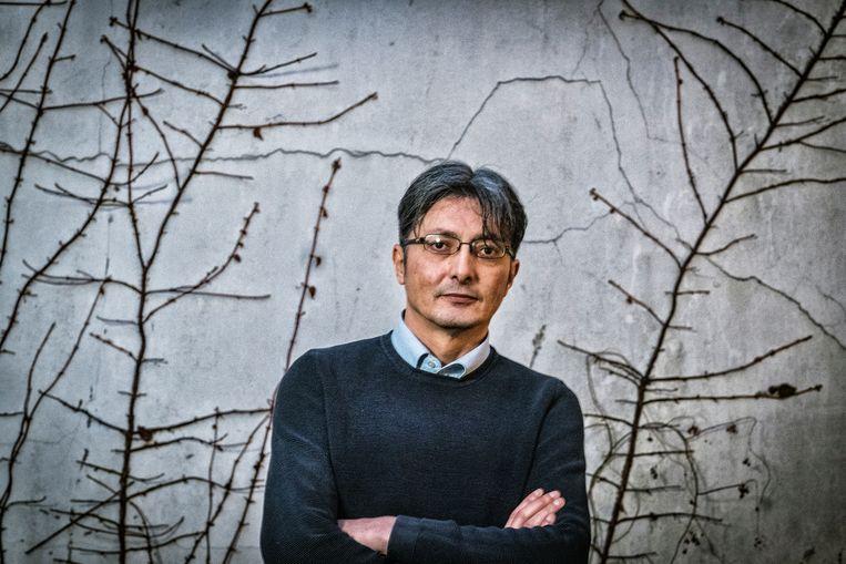 """Tarik Fraihi: """"Je ziet het al in Hongarije en Italië: extreemrechtse knokploegen die vluchtelingen aanvallen."""" Beeld Tim Dirven"""