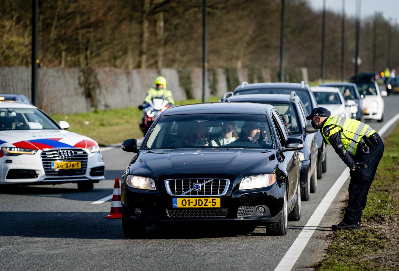 Bij de betoging op 31 januari controleerde de politie bij alle afritten van de snelwegen.