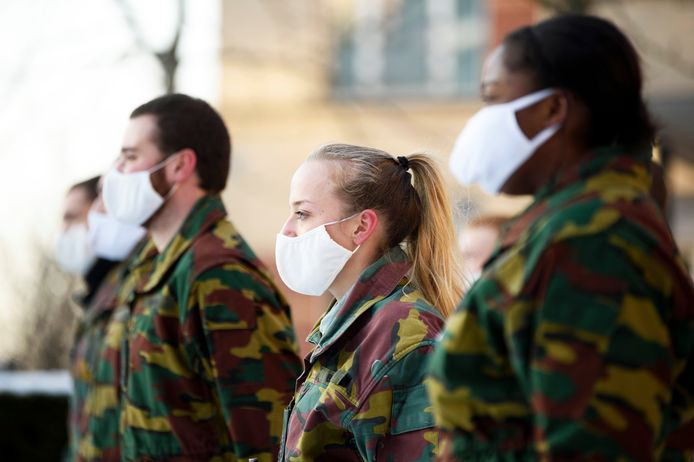 Brussels, Belgium wie weet ben jij later een van deze militairen in opleiding bij the Royal Military School.