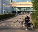 De zwangere Anne Schulze ging vlak voor haar geplande keizersnede op de fiets naar het ziekenhuis omdat ze de parkeertarieven van het Diakonessenhuis in Utrecht te hoog vond.