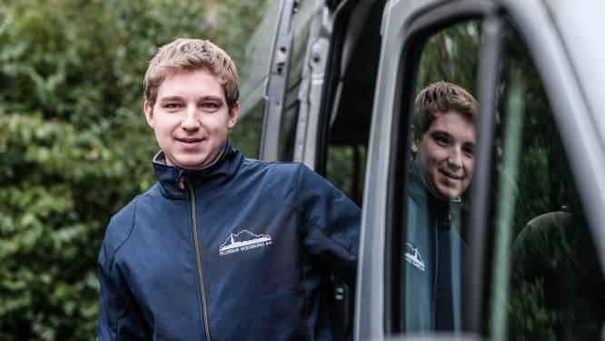 21 jaar, druk met de studie maar óók chauffeur van de Plusbus: 'Je krijgt heel andere gesprekken'