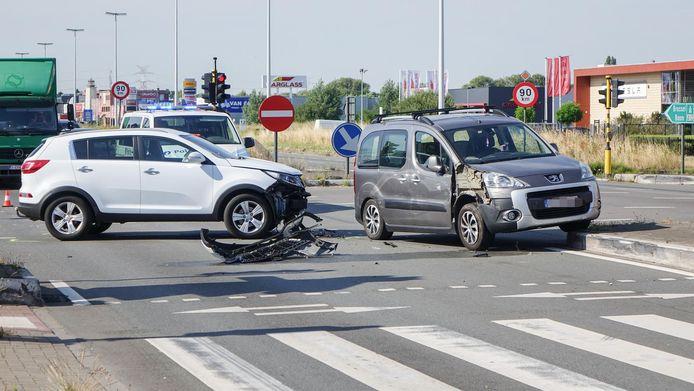 De kruispunten van de A12 in en rond Aartselaar behoren tot de zwartste van Vlaanderen.