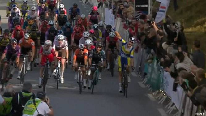 Jonge Belg Arne Marit klopt Bryan Coquard en Elia Viviani op weg naar eerste profzege