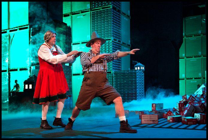 Wim Opbrouck  speelde in 2013 een van de hoofdrollen in 'Hans en Grietje', een hilarische en ontroerende versie van de sprookjesopera van Engelbert Humperdinck.