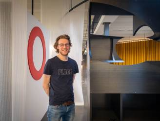"""""""Mechelen maakt nog altijd school als meubelstad"""": Studenten stellen met driekwart jaar vertraging eindwerken voor"""