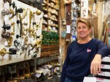 """De familie Eyckerman verkoopt al 100 jaar bouw- en meubelbeslag: """"Ons unieke interieur lokt geregeld nieuwsgierigen"""""""
