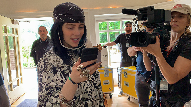 Billie Eilish: The World's A Little Blurry Beeld AppleTV
