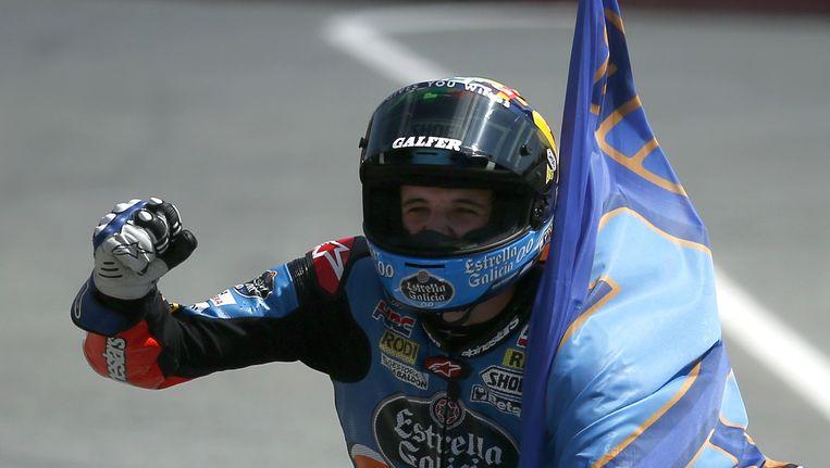 De 21-jarige Marquez domineerde op het circuit van Barcelona van start tot finish en pakte zijn eerste zege van het seizoen. Beeld AP