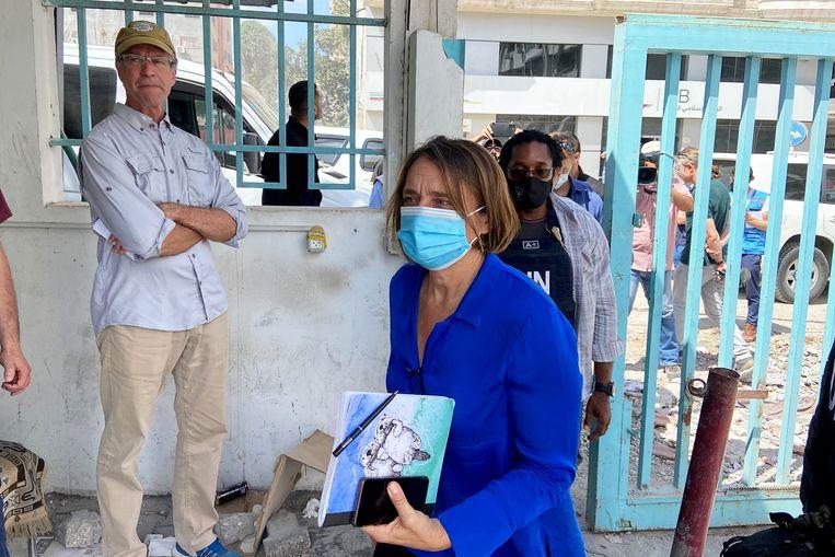 Lynn Hastings, de humanitaire coördinator van de VN voor de Palestijnse gebieden, was zaterdag op bezoek in Gaza. Beeld Reuters