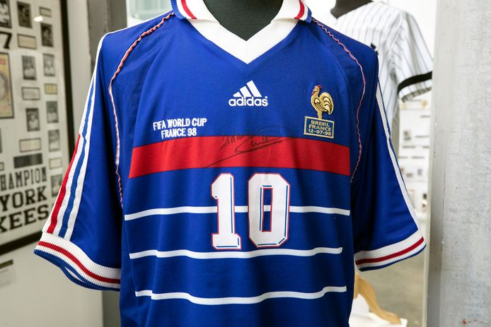 epa09341238 Zinedine Zidane 1998 FIFA World Cup final match worn and and signed is displayed during the preview of the auction 'Sports Legends' at Julien's auction in Beverly Hills, California, USA, 12 July 2021. The auction will take place on July 17 and 18, 2021.  EPA/ETIENNE LAURENT