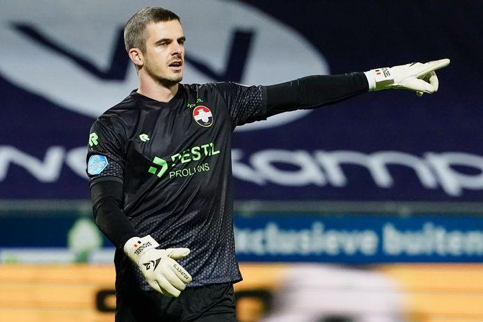 Jorn Brondeel krijgt na bijna drie jaar weer een basisplaats bij een wedstrijd in de eredivisie.