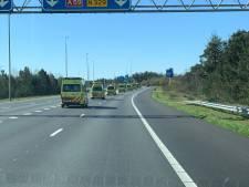 Gele colonne van ambulances verschaft Brabant lucht