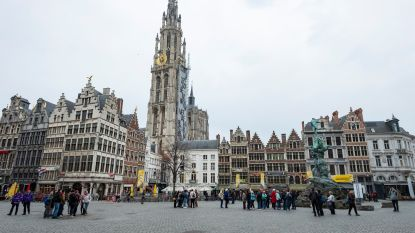 'Lieve oude' kathedraal spreekt tot u in nieuw stadsgedicht