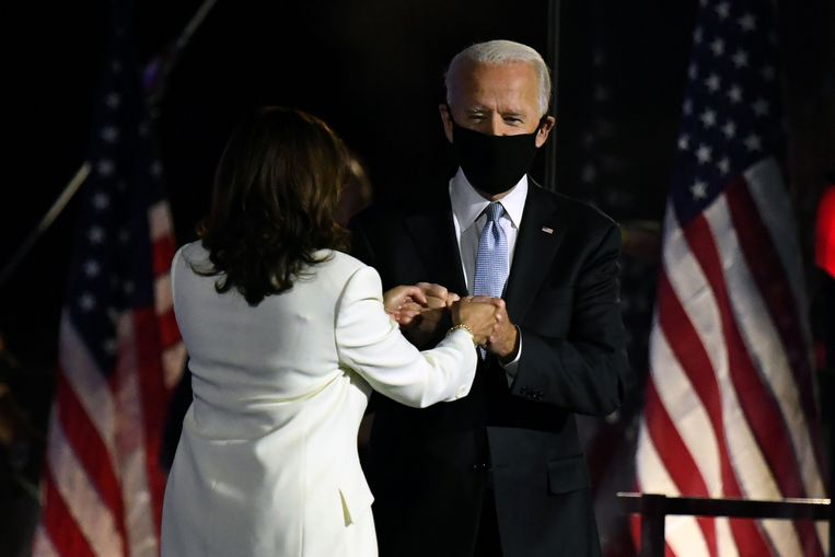 Toekomstig president Joe Biden en zijn vicepresident Kamala Harris. Beeld AFP