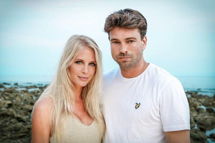 Annelien Coorevits met Rick, haar 'Temptation Island'-collega.