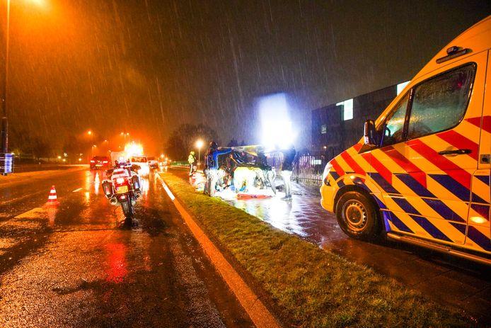 Vrouw ernstig gewond naar ziekenhuis gebracht na aanrijding in Eindhoven.