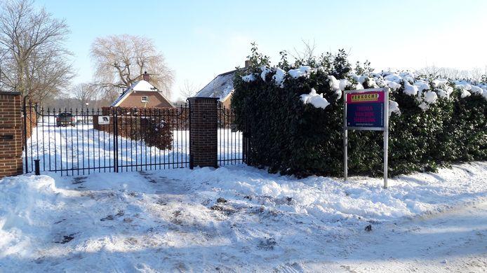 De boerderij van de familie Meiland in Hengelo is verkocht onder voorbehoud.