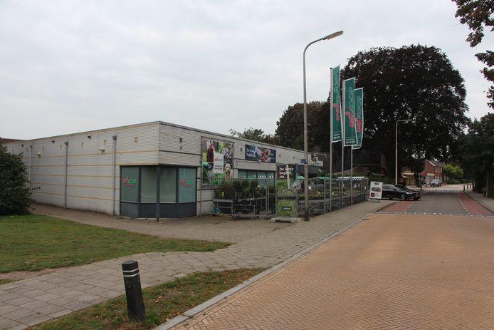 De Welkoop-winkel aan de Beltrumseweg in Eibergen. Op deze plek komt het nieuwe zorgcomplex van Estinea in Eibergen.