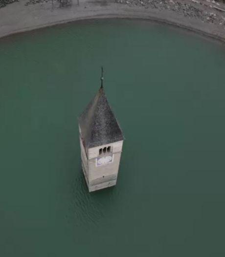 Enfoui sous l'eau, un village italien refait surface après des décennies