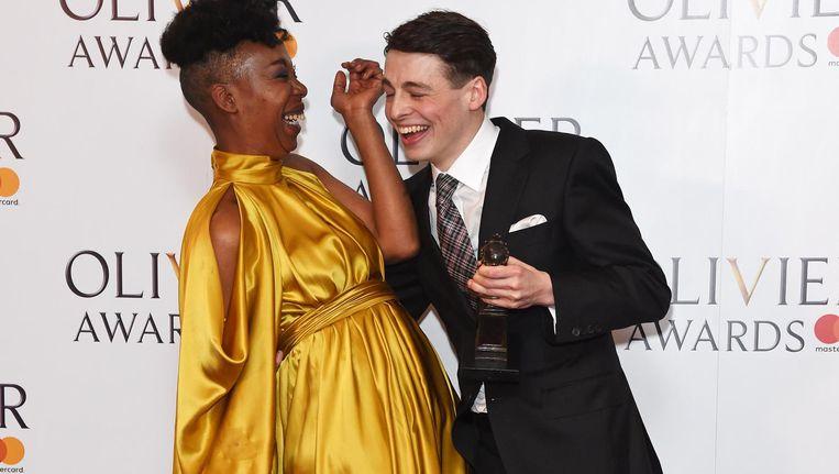 Noma Dumezweni en Anthony Boyle die een Olivier Award hebben gekregen voor beste mannelijke en vrouwelijke bijrol in het toneelstuk Harry Potter and the Cursed Child. Beeld getty