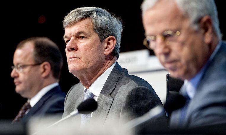 Ahold-topman Dick Boer (midden) tijdens de buitengewone algemene vergadering van aandeelhouders van het supermarktconcern Ahold. Beeld anp