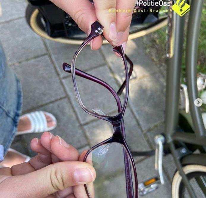 De kapotte bril van het slachtoffertje in Oss.