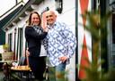Debby en Ronald Prins, sinds kort de nieuwe eigenaren van restaurant De Drie Linden in buurtschap Zuidzijde.