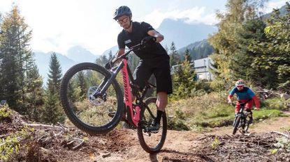 Spectaculair mountainbike-parcours in Oostenrijk ingewijd door niemand minder dan wereldkampioen